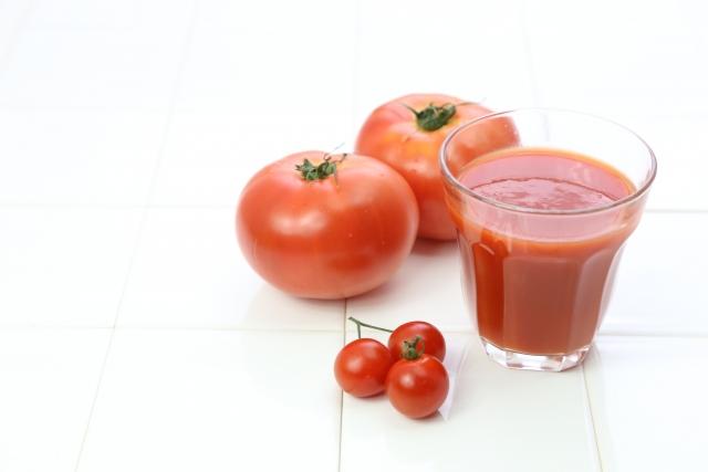 トマトジュースとオリーブオイルが美肌・ダイエットを助ける!