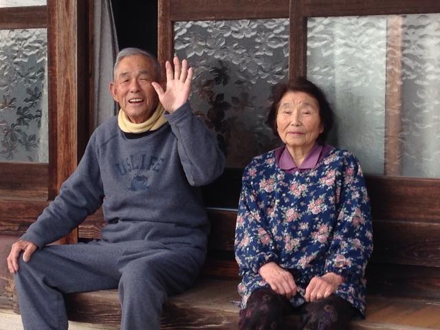 「おばあさん」「おじいさん」と呼ばれる年齢は?女性の15%は何歳になってもいや!